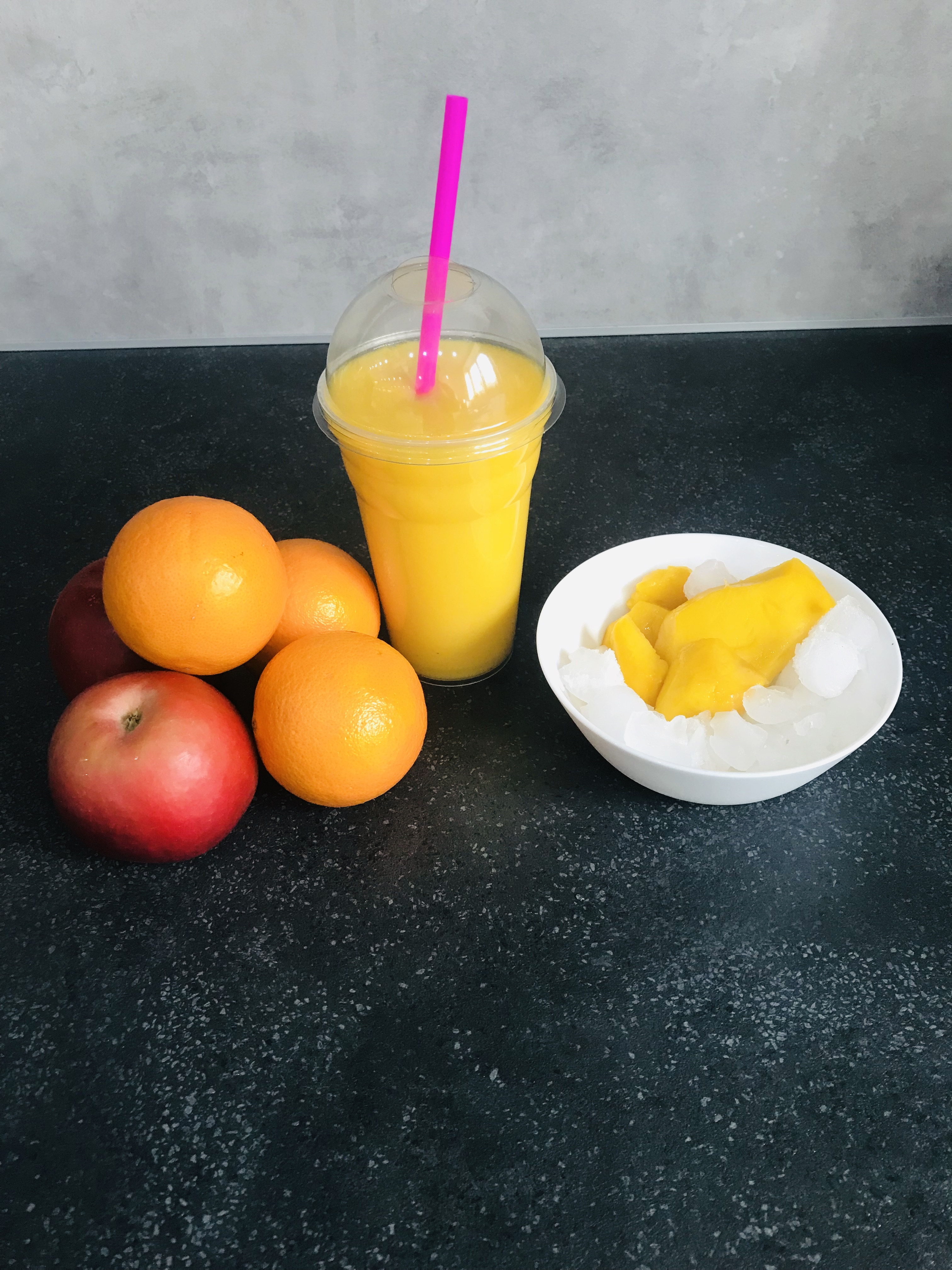 Nespoutané mango